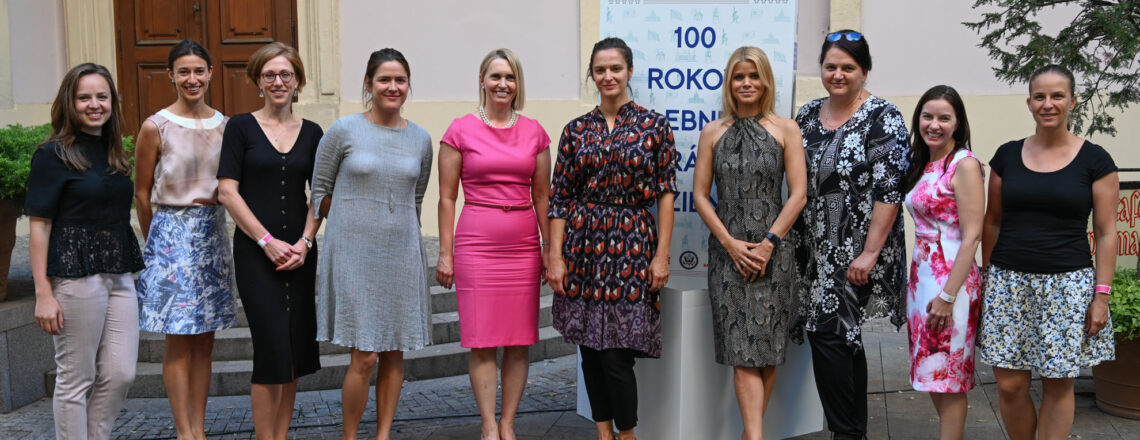 U.S. Embassy Celebrates Shared Centennial for Women's Right to Vote
