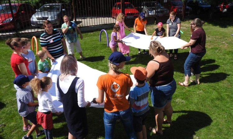 Alumni Family Day participatnts (Embassy photo)