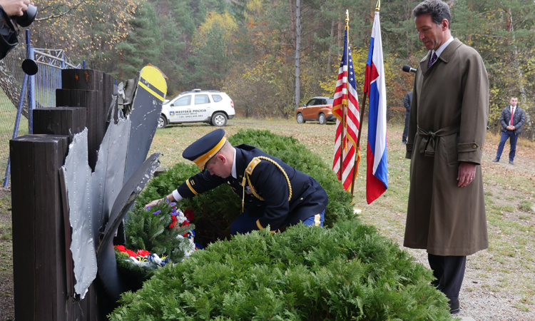 Ambassador Sterling and Defense Attaché LTC Jonathan Dunn Attend the Commemoration of WWI-era U.S. Airman Roland Martin in Trencianske Teplice. (Embassy photo)