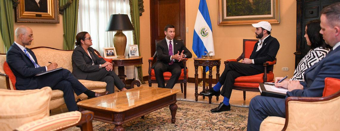 Secretario en funciones de Seguridad Nacional visitó El Salvador