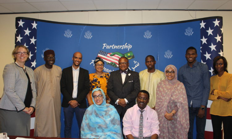 Group Photo with 2017 YALI Participants