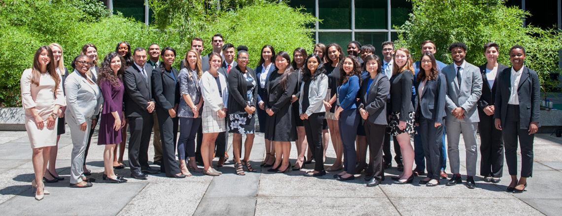 多様性を重視する米国の外交団