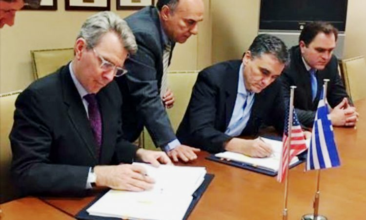 Ambassador Pyatt and Minister of Finance Euclede Tsakalotos sign FATCA Agreement.