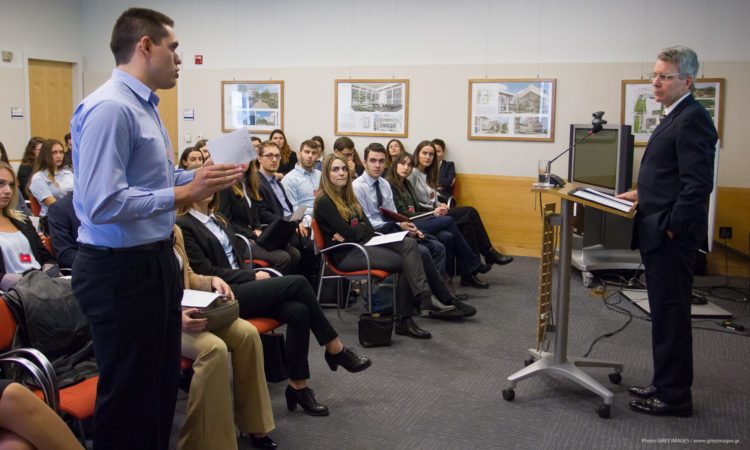 U.S. Embassy Hosts Business Event