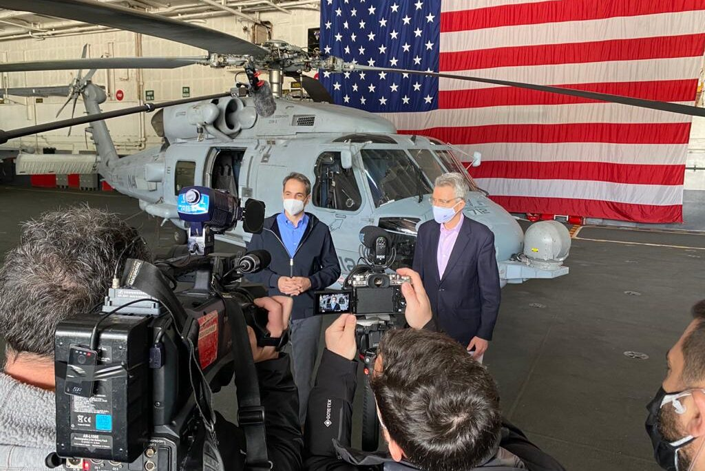 Ambassador Pyatt with PM Kyriakos Mitsotakis at USS Eisenhower (State Department Photo)