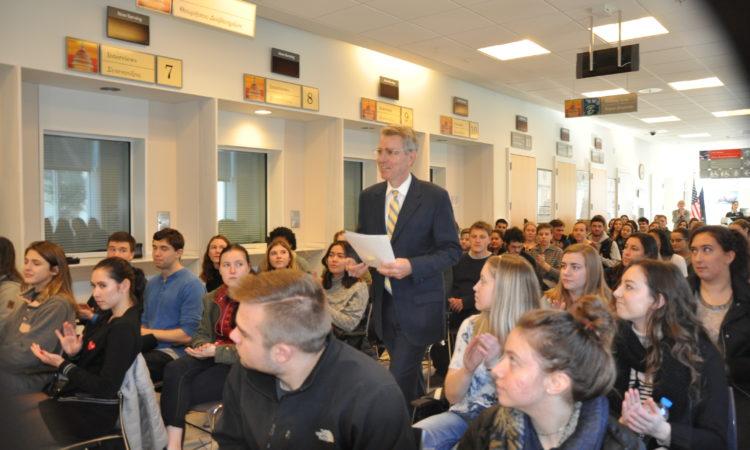Ambassador Pyatts greets CYA students