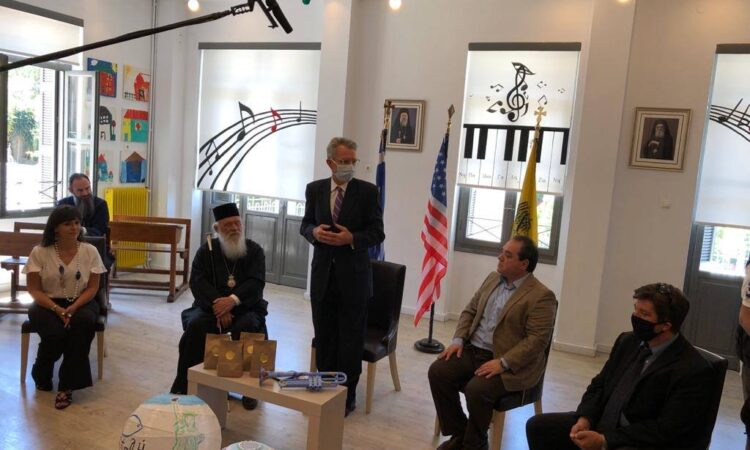 Ambassador Pyatt with Archbishop Ieronymos at Apostoli (State Department Photo)