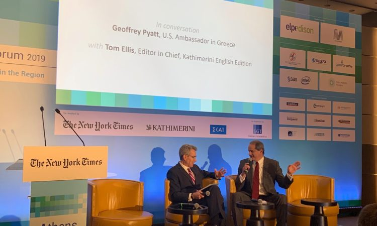 Ambassador Pyatt discusses with Kathimerini journalist Tom Ellis at the Athens Energy Forum (State Department Photo)