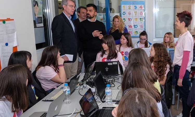 Ambassador Pyatt at CodeGirls Program in Ioannina.