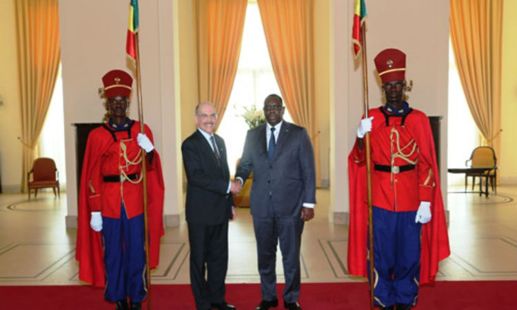 Ambassador Zumwalt Presents His Credential Letters to President Macky Sall (Photo Senegal Presidency)
