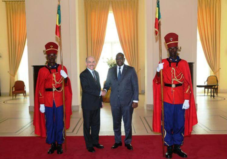 Ambassador Zumwalt Presents His Credential Letters to President Macky Sall (Photo Senegal Presidency)