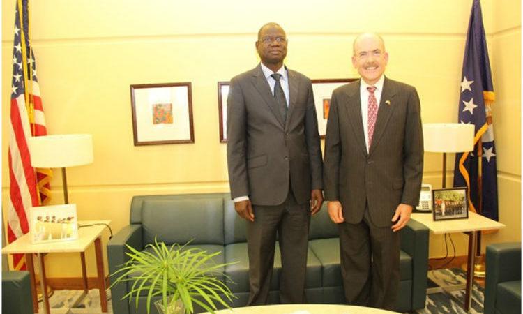 Monsieur Augustin Tine, Ministre des Forces armées, (centre) est venu représenter le Gouvernement du Sénégal à la célébration de la fête nationale des Etats-Unis