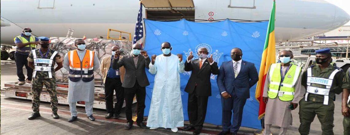 Les États-Unis offrent des vaccins COVID-19 au Sénégal