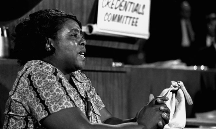 Fannie Lou Hamer sagt im August 1964 vor dem Zulassungsausschuss (Credentials Committee) der Democratic National Convention aus.