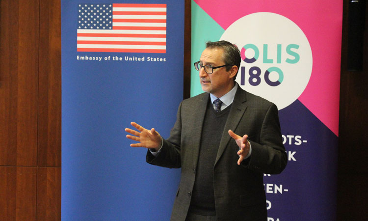 Paul Freedman at the U.S. Embassy on the Role of the Media in the U.S. Presidential Election