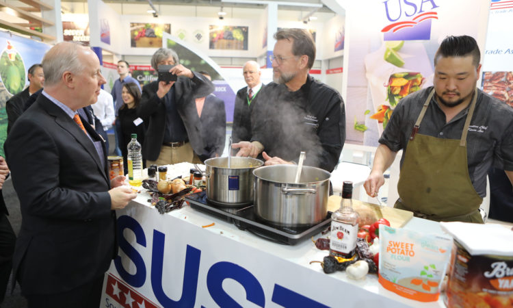 Chargé d'Affaires Kent Logsdon visited U.S. exhibitors at the FRUIT LOGISTICA trade show in Berlin