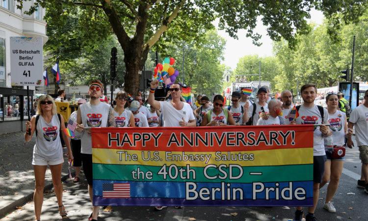 U.S. Embassy Berlin participates in CSD Parade