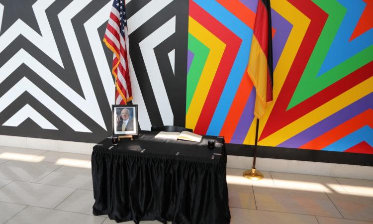 Condolence book for John McCain