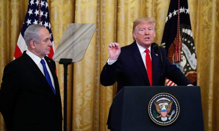 Präsident Trump am Rednerpult
