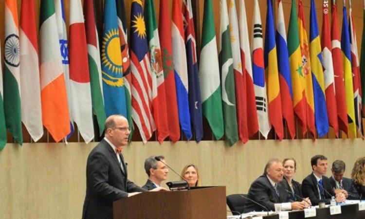 Christopher Ford, Leiter der Abteilung für internationale Sicherheit und Nichtverbreitung im US-Außenministerium, vor der CEND-Plenarversammlung in Washington im Juli 2019.