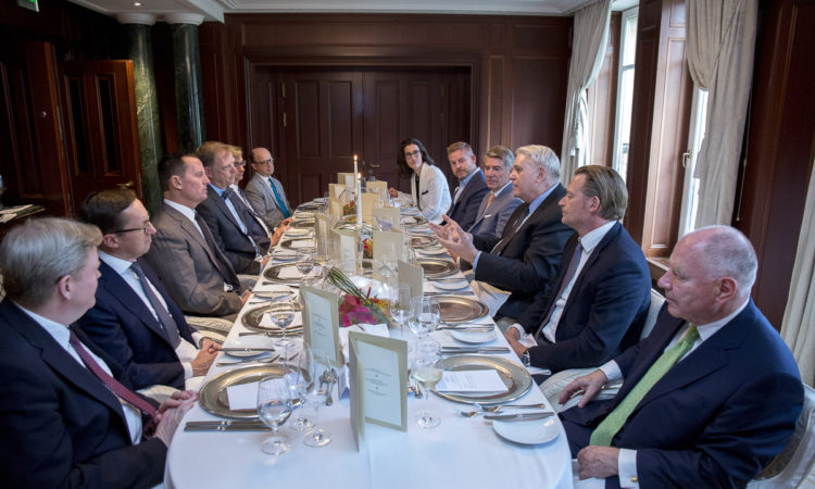 Ambassador Grenell meets with U.S. business leaders