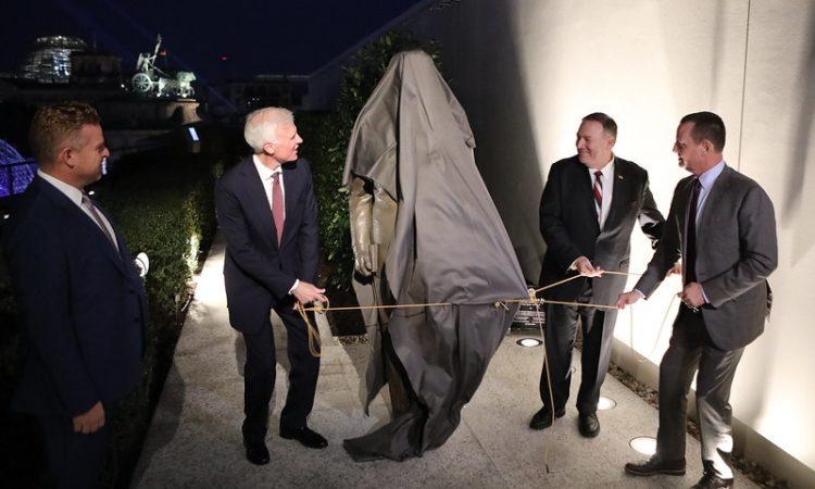 Enthüllung der Reagan-Statue: US-Botschafter Grenell mit US-Außenminister Pompeo