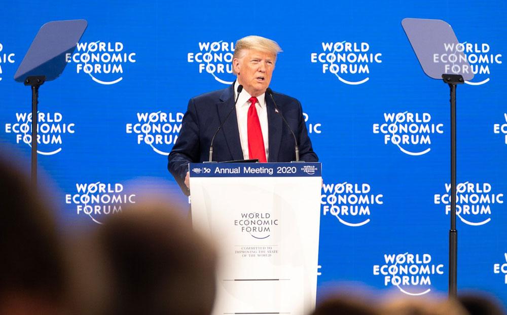 Präsident Donald Trump am Rednerpult