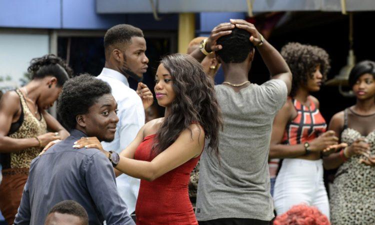 Schauspielerinnen und Schauspieler bei den Proben zu MTV Shuga in Lagos (Nigeria). (Foto: Pius Utomi Ekpei/AFP/Getty Images)