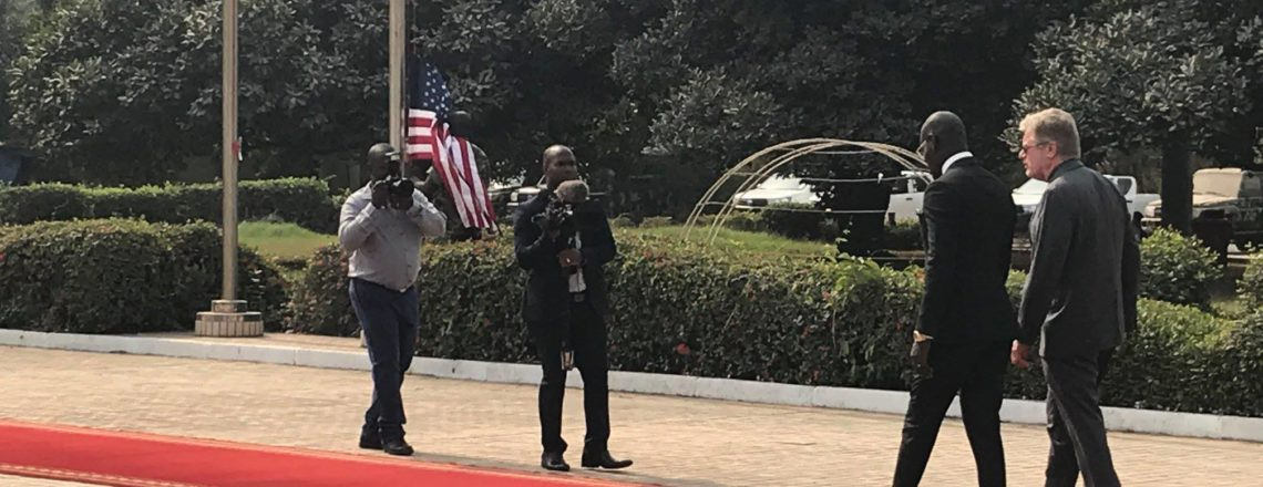 L'Ambassadeur des Etats-Unis présente ses lettres d'accréditation au Président Alpha Condé