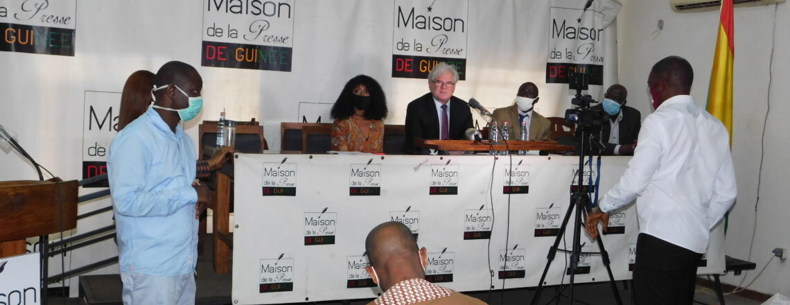 Chargé d'Affaires a.i. Koutsis Engages with Guinean Journalists on Presidential Elections