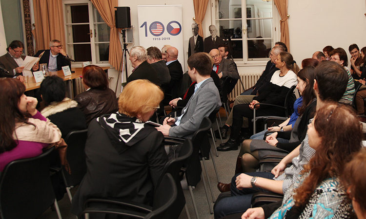 The American Center hosted a discussion with the Institute for Politics and Society on U.S.-Czech relations January 24., 2018.