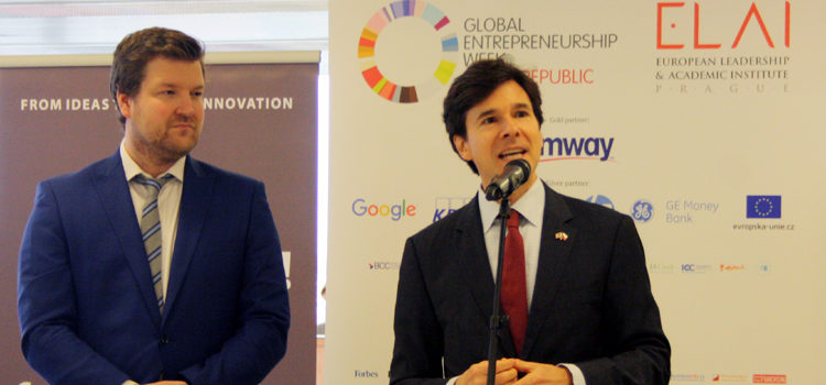 Ambassador Andrew Schapiro speaks at the opening of the Global Entrepreneurship Summit, the major event of Global Entrepreneurship Week 2015 in Prague. (photo U.S. Embassy Prague)
