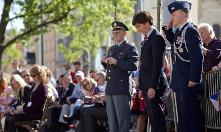 Ambassador Andrew Schapiro attended the WWII liberation commemorative events in Pilsen on May 6, 2016.