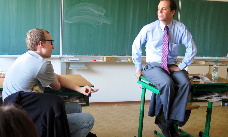 U.S. Diplomats Help Czech High School Students with English Classes