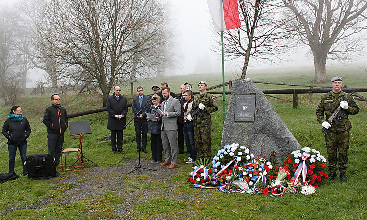 Economic Officer Noah Woodiwiss and Political Specialist Helena Markusova delivered remarks to mark the 71st anniversary of the end of World War II in Zhůří.
