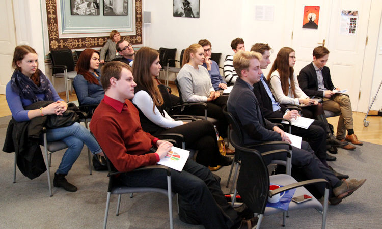 Young people from the Czech Republic and Iraq exchanged ideas during a virtual dialogue hosted by U.S. Embassy Prague.