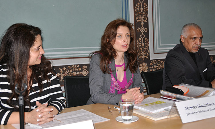 Advisor to the Minister of Education Monika Šimůnková speaks at a a panel discussion on Roma inclusive education.