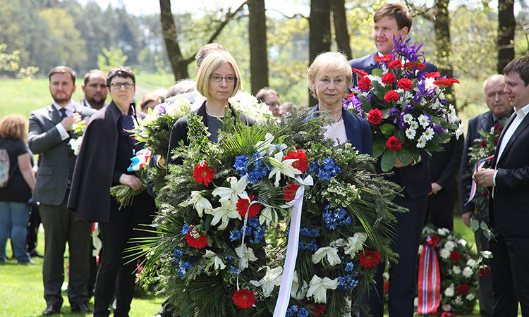 Charge d'Affairs Kelly Adams-Smith participated in the traditional commemorative ceremony honoring the Romani victims of the Holocaust at the site of the Lety Memorial on May 13, 2017.