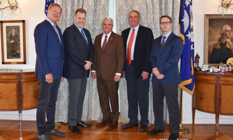 Ambassador King visits Novavax Bohumil facility