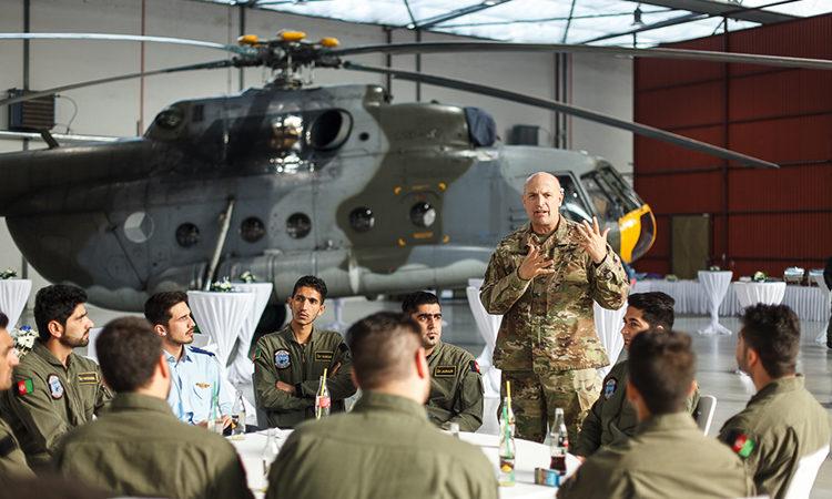 Třetí skupina afghánských pilotů vrtulníků završila základní výcvik Autor: Michal Jágrik