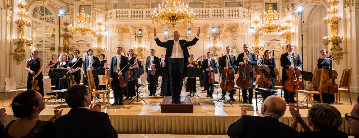 Rezidenci velvyslance USA rozezní koncert PKF — Prague Philharmonia