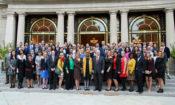 Velvyslanec King uspořádal setkání absolventů výměnných programů IVLP