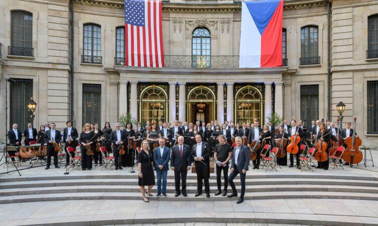 Koncert z rezidence velvyslance ke Dni nezávislosti USA