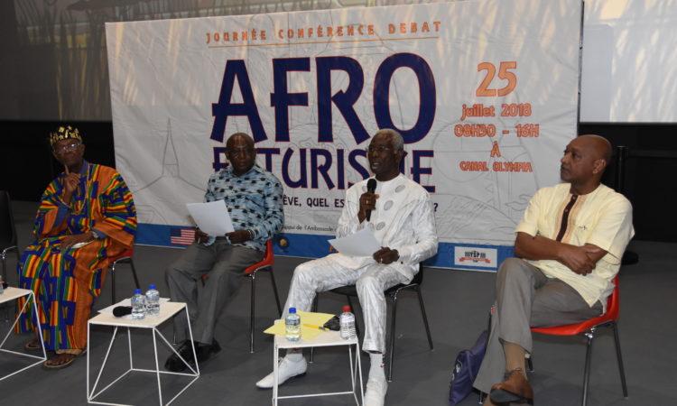 Les panelistes lors du débat consacré au thème réligion et valeurs Africaines