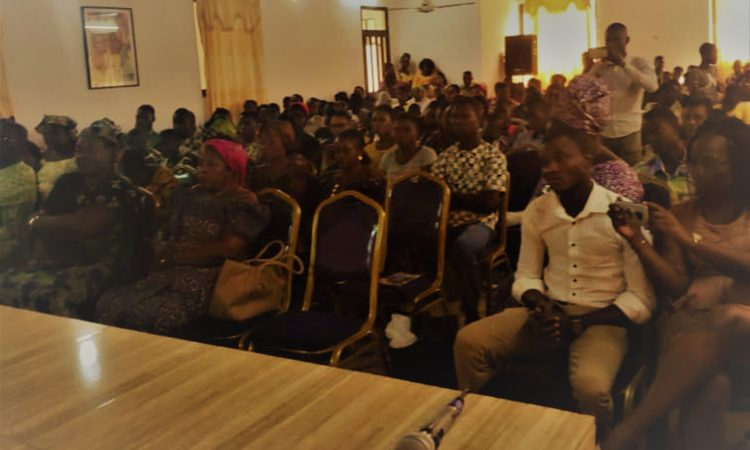Partial view of the audience during the discussions