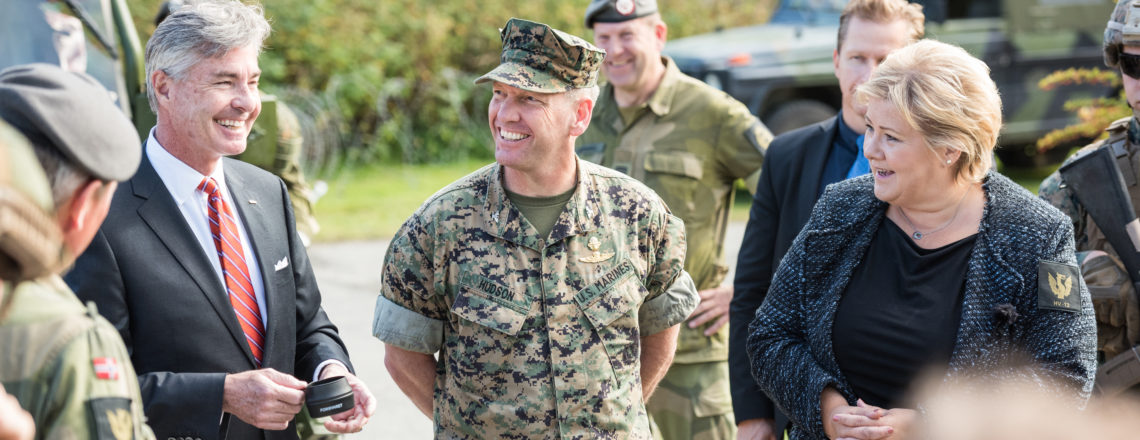 Ambassador Braithwaite and Prime Minister Solberg Visit Soldiers at Værnes