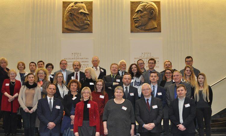 Uczestnicy konferencji Stowarzyszenia Absolwentów Fundacji Kościuszkowskiej w Gdańsku