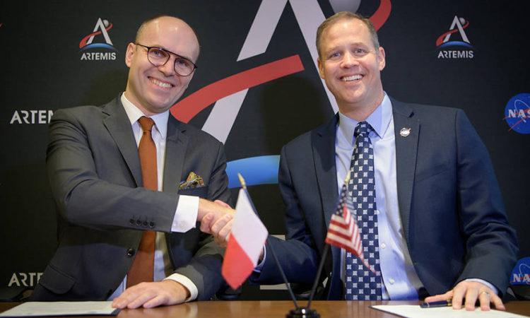 Michał Szaniawski, prezes Polskiej Agencji Kosmicznej oraz James F. Bridenstine, Administrator National Aeronautics and Space Administration (fot: NASA/Bill Ingalls)