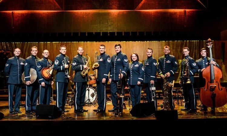 Orkiestra Sił Powietrznych USA w Europie (USAFE) w Filharmonii Szczecińskiej (fot: Kamila Kozioł)