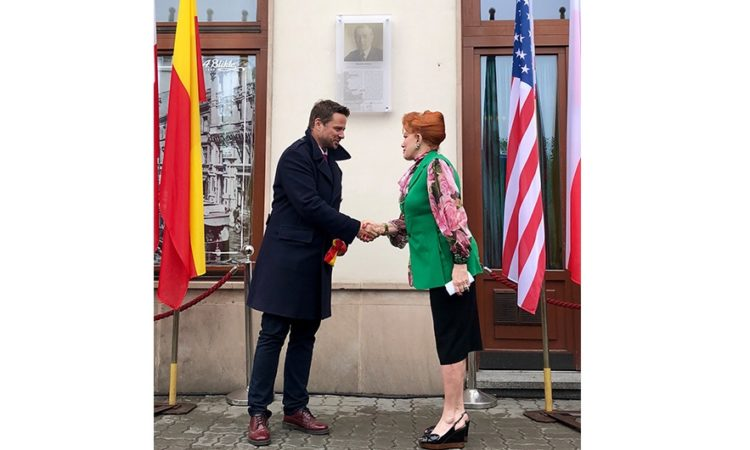 Ambassador Georgette Mosbacher and Mayor of Warsaw Rafał Trzaskowski